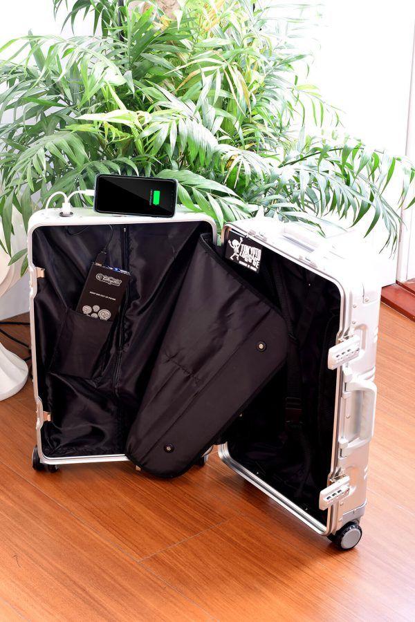 Valise Aluminium Online Cabine Trolley Avec Chargeur Powerbank TOKYOTO LUGGAGE Modelle Interior